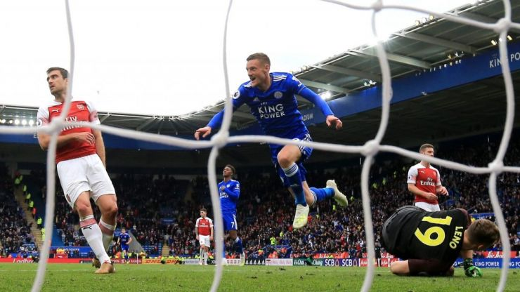 Jamie Vardy mocks Piers Morgan after Leicester City hammer Arsenal