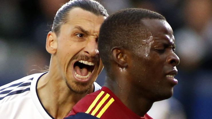 Zlatan Ibrahimović and Nedum Onuoha have dressing room confrontation after ill-tempered MLS game