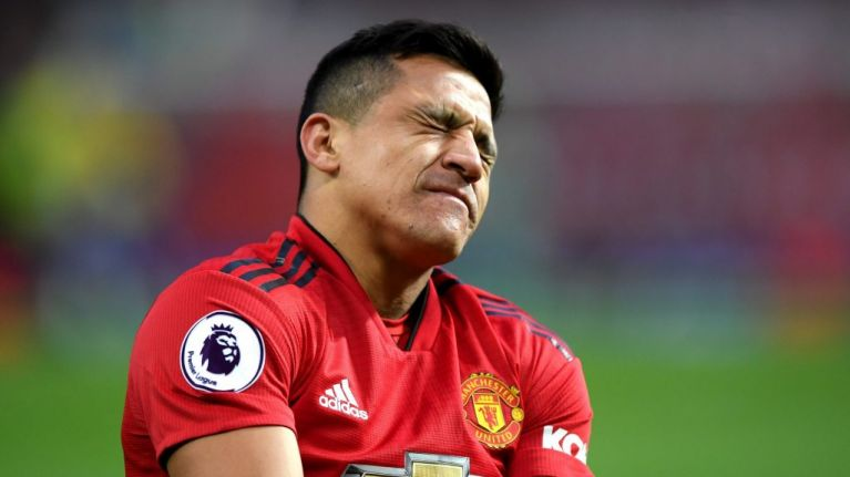 Alexis Sánchez apologises for disappointing season with Manchester United