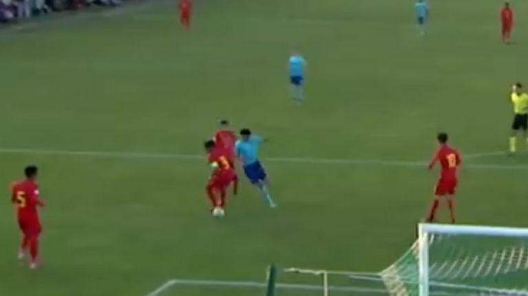 Liverpool youth defender Ki-Jana Hoever scores cracker on international duty
