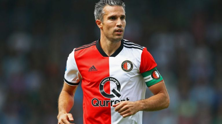 Robin van Persie given disgusting Arsenal/Man Utd crossover shirt after retiring