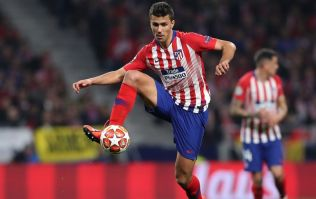 Manchester City make offer to sign Atlético Madrid midfielder Rodri