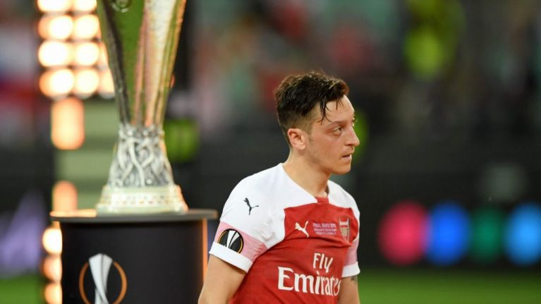 Fabregas: 'Mesut Ozil doesn't have it in him to be a leader'