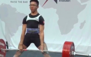 Nine stone Canadian deadlifts over four times his own bodyweight for new world record