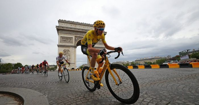 Chris Froome out of Tour de France after 'very serious' crash