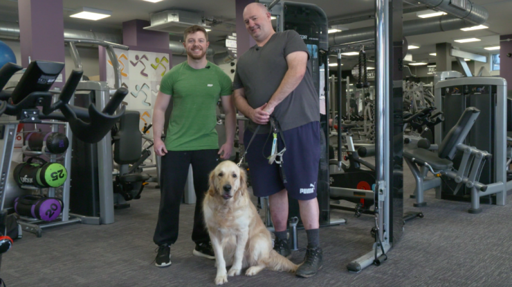 Blindness, confidence and pumping iron