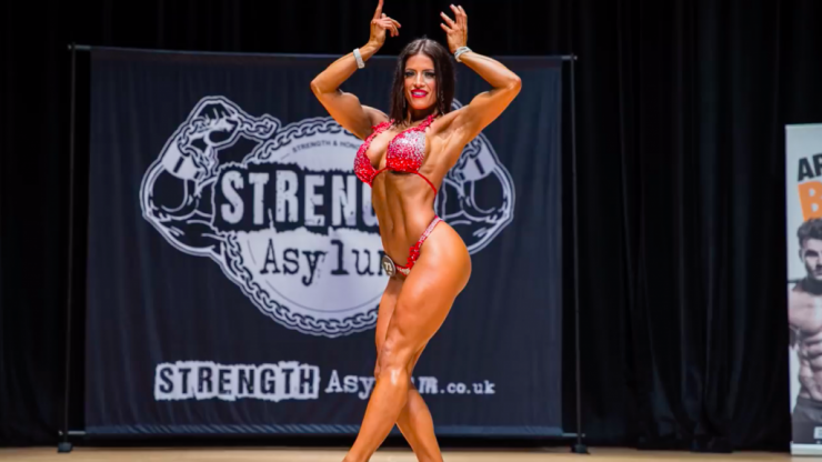 Female bodybuilder hits back at internet trolls
