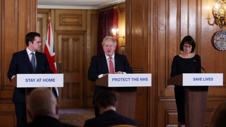 Why are there no sign language interpreters at Boris' press briefings?