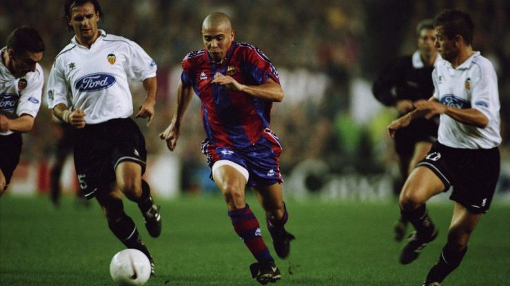 O Fenômeno: The story of Ronaldo's brief but brilliant whirlwind at Barcelona