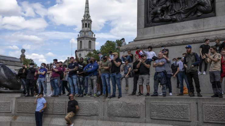 Journalists react to far-right attacks at London protests