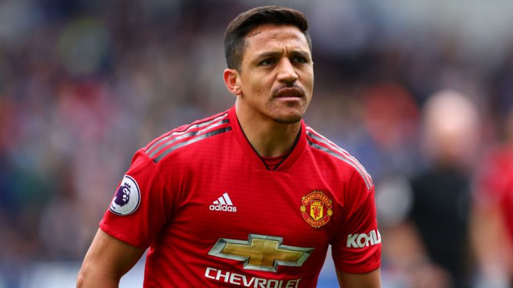"""Alexis Sanchez wanted to """"tear up"""" Man Utd contract after first training session"""