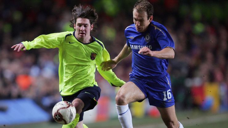 Lionel Messi almost joined Chelsea in 2004 after a chat with José Mourinho