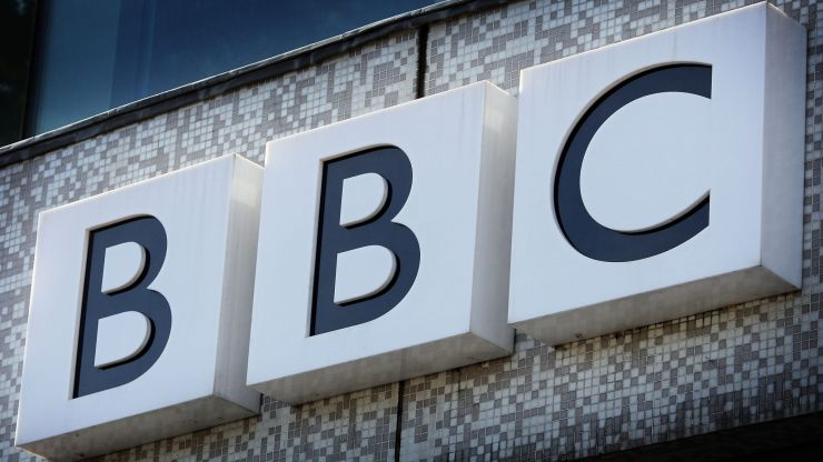 New BBC rules ban journalists from 'virtue signalling' on social media