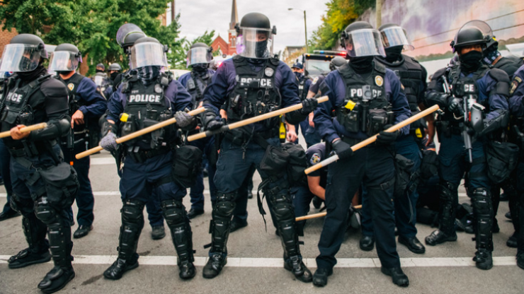 Kentucky police training quoted Hitler and urged 'ruthless' violence