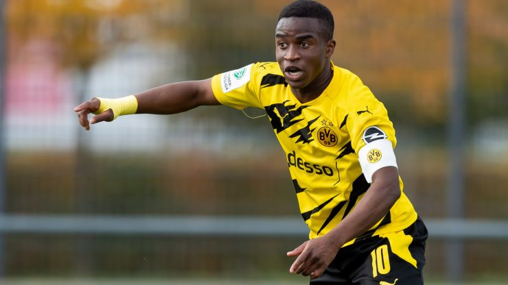 Youssoufa Moukoko could make long-awaited Bundesliga debut this weekend