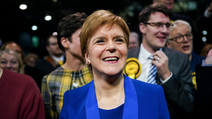 Nicola Sturgeon will announce £100 for every Scottish family on free school meals