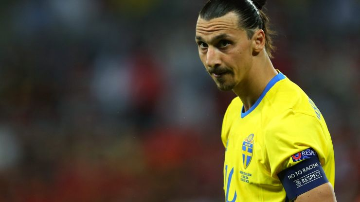 Zlatan Ibrahimovic recalled by Sweden, probably because he's a lion or God or something