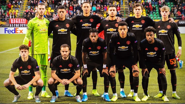 Four senior Manchester United players likely to leave before January ends