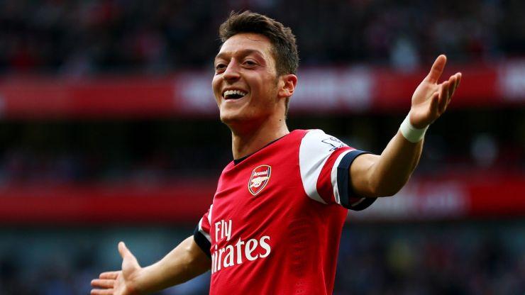 Mesut Özil thanks Arsenal fans as he departs for Fenerbahçe