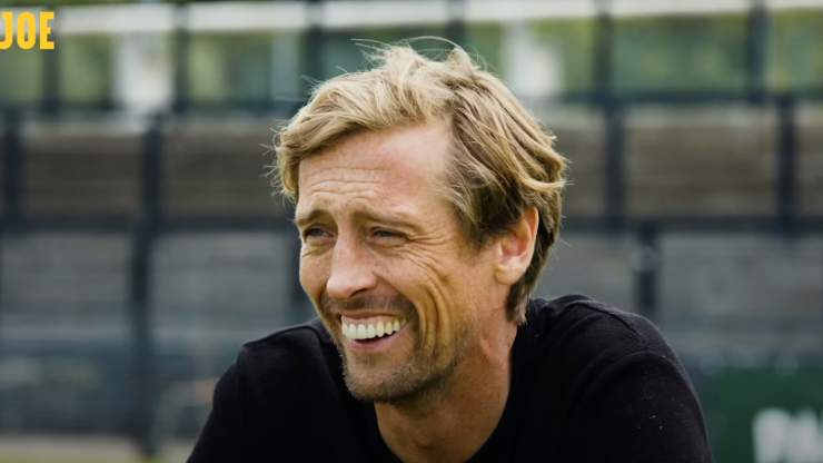 Peter Crouch answers stupid questions on what it's like being so tall