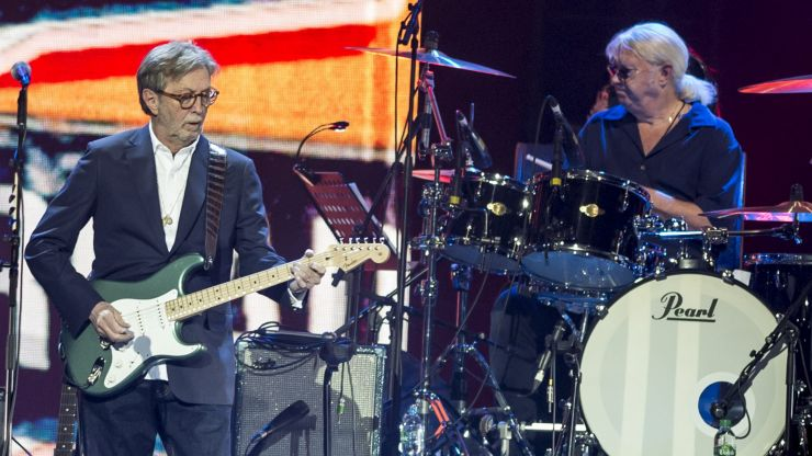 Eric Clapton refuses to play venues that require vaccine passport