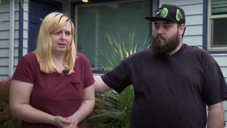 Couple sued for six figure sum after leaving negative online reviews