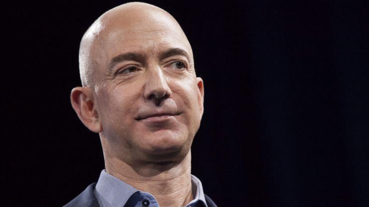 Jeff Bezos calls out NASA over 'mistake' Elon Musk moon-lander contract
