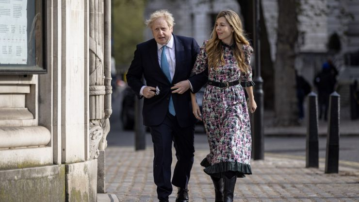 Boris and Carrie Johnson expecting second baby