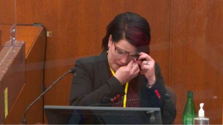 George Floyd's girlfriend breaks down as she reveals he called her 'mama' too