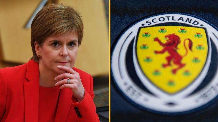 Nicola Sturgeon praises Scotland team for choosing to take the knee alongside England