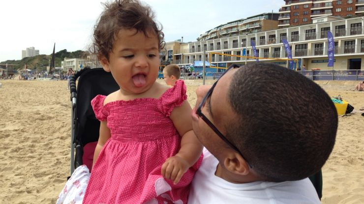Dad who couldn't walk vows to take daughter's first steps on Father's Day
