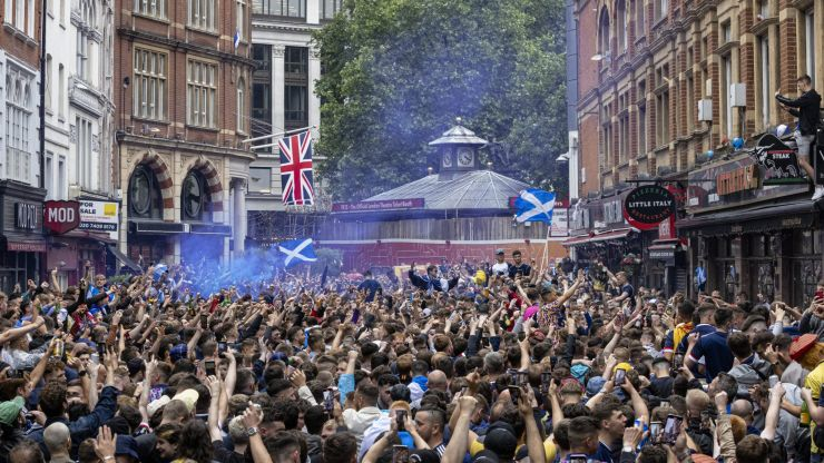 Scotland fans help with clean-up in Leicester Square as Tartan Army leaves London