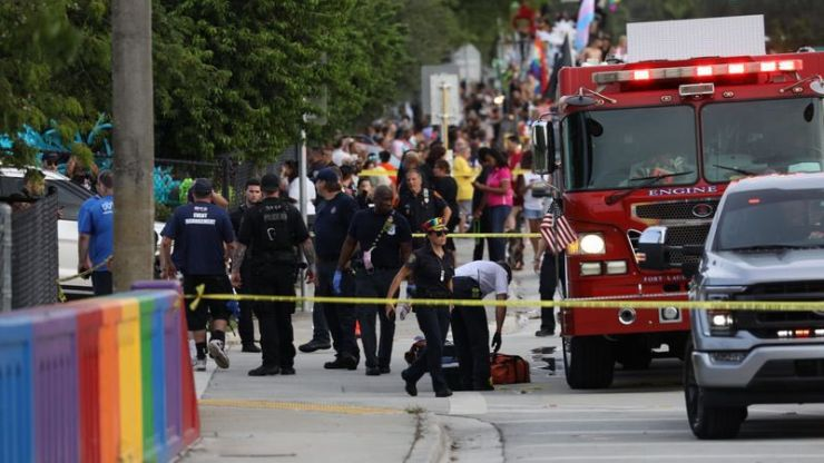 Man dies after truck ploughs into crowd at Pride parade Florida
