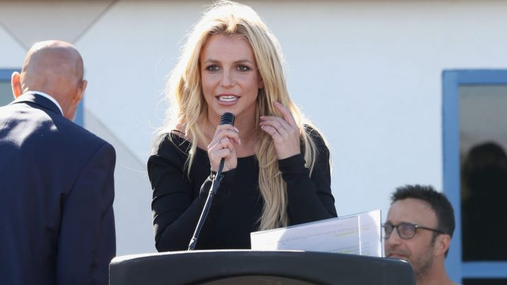 Britney Spears tells court father won't let her remove birth control