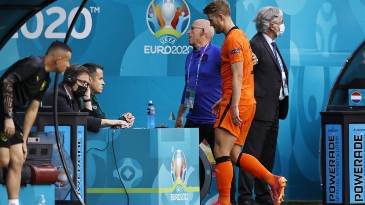 Dutch crash out to Czech Republic after disastrous 25-second spell