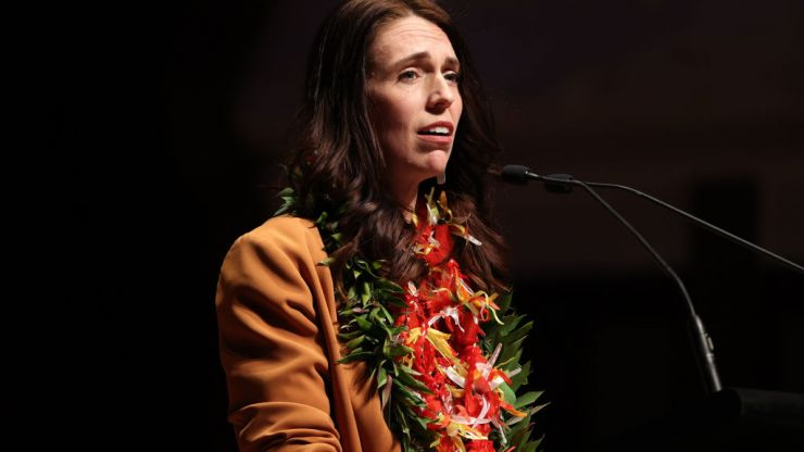 Jacinda Ardern gives moving formal apology for New Zealand's historic Dawn Raids