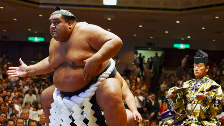 Sumo wrestler says drinking beer every day is the secret to his success