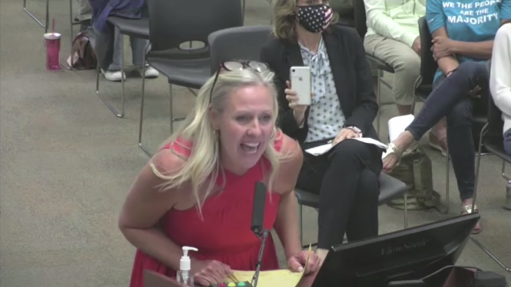 Mum takes over school board meeting with bizarre anal sex rant