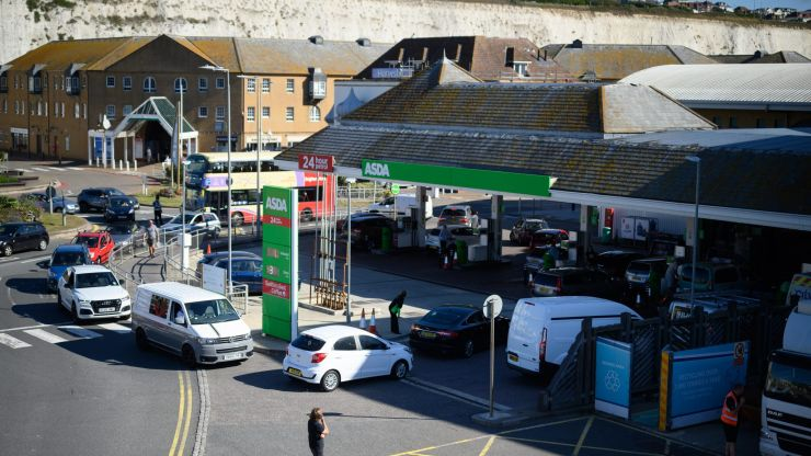 Foreign workers to be let into UK to help solve petrol crisis