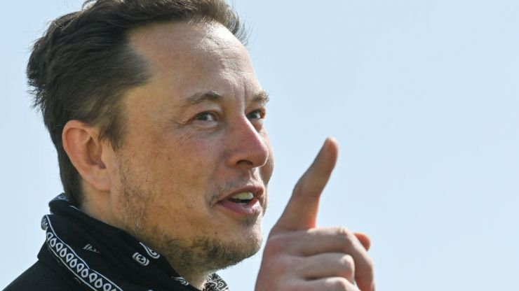 Musk sending Bezos 'giant statue' of the number 2 after overtaking him as world's richest man