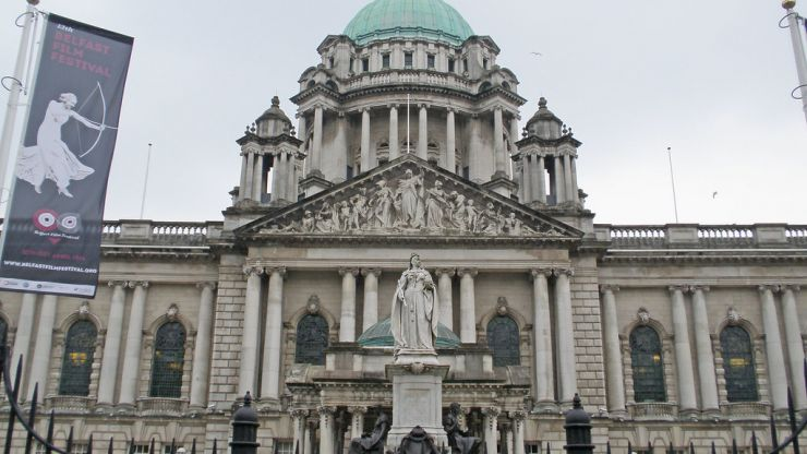Four day week with full pay to be trialled by Belfast City Council