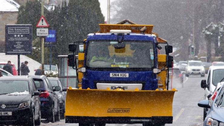 Gritter driver shortage could leave roads as huge safety risk this winter