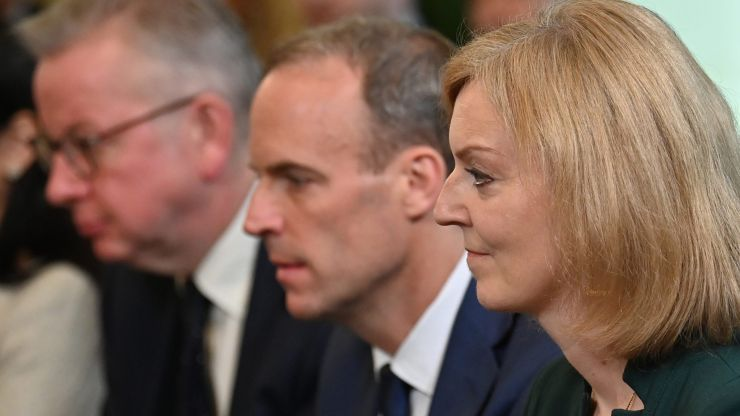 Dominic Raab and Liz Truss agree to share house in Kent