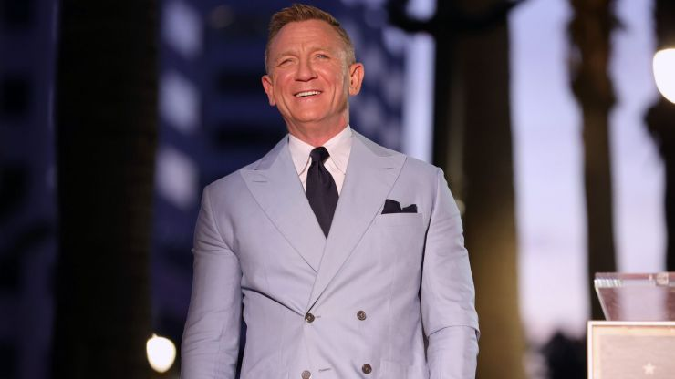 Daniel Craig said he goes to gay bars to avoid aggressive men in straight clubs