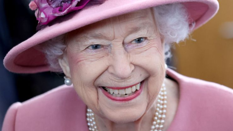 Queen filmed secretly slamming 'irritating' politicians who are 'all talk' on climate change