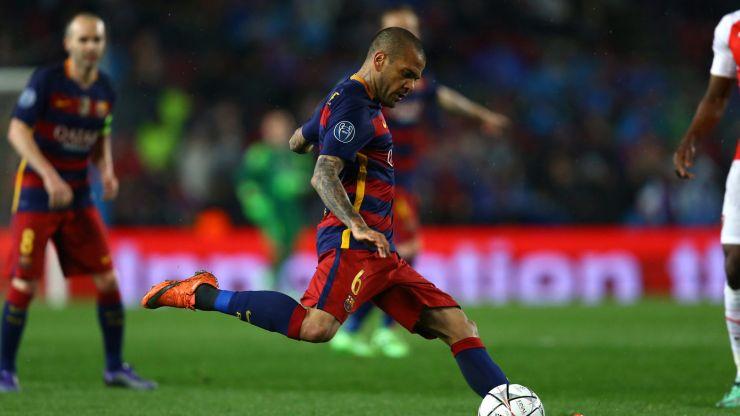 Dani Alves says he's open to Barcelona return