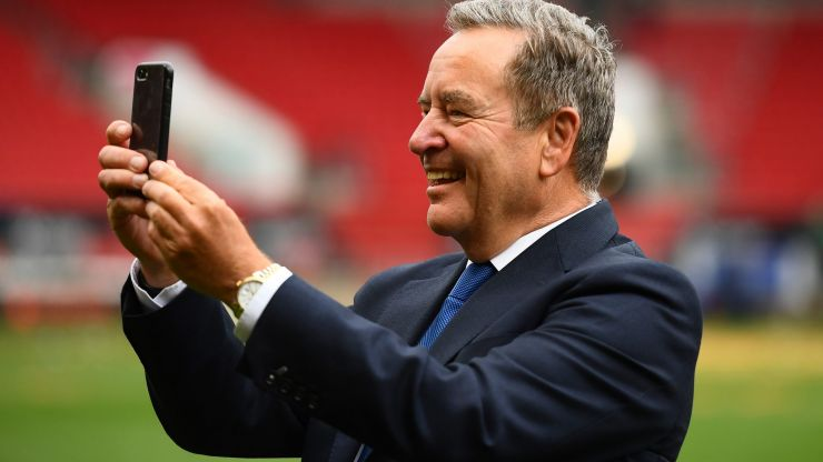 Jeff Stelling loses it on Soccer Saturday after Brighton denied blatant penalty
