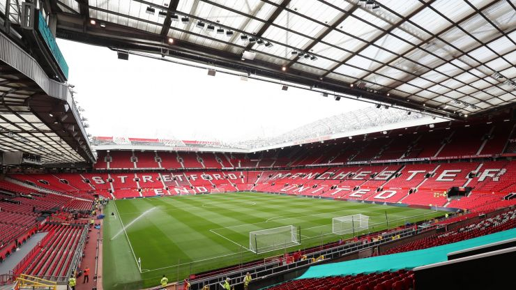 Man Utd defend decision to make 10 minute flight to Leicester for Premier League clash