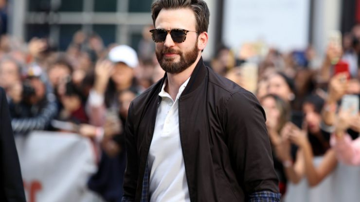 Fans praise Chris Evans for being honest about his mental health