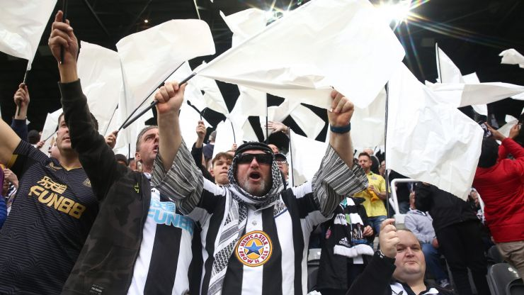 Kick It Out want urgent talks with Newcastle over fans' mock headdresses